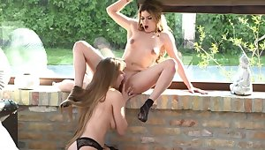 Lesbian Therapy: Erode Pussy, Rim Ass!