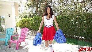 Scrawny cheerleader Angel Del Rey moans while getting fucked hard