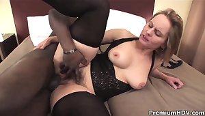 Big ass milf Magda get pleasured by insidious stud