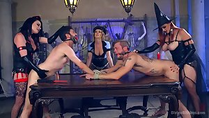 Weirdo and nasty Bella Rossi likes to play all mating games in a group