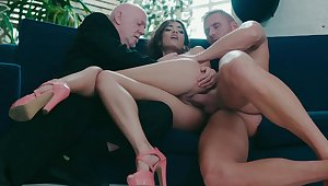 Penelope Cum hard sex with two men in insane threesome