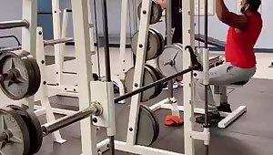 Hanging parts in the lead gym Gif